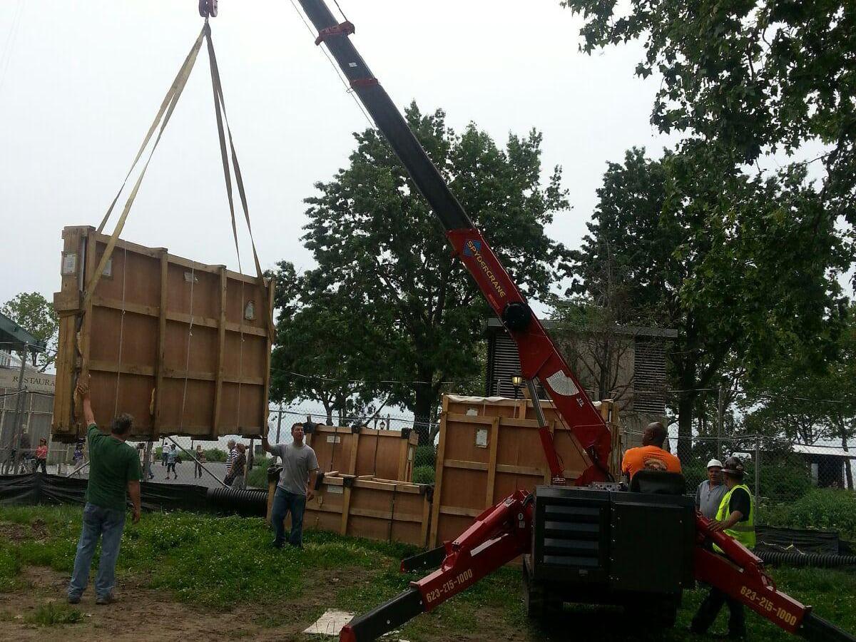 bilboard crane